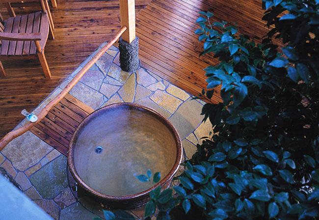 陶製露天 小鳥の湯