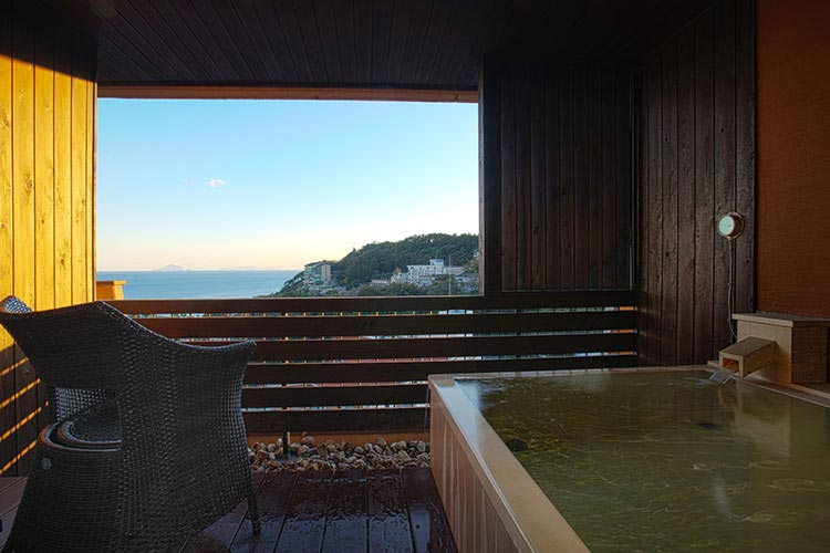 海がみえる露天風呂付客室 露天風呂付デイベッド・キャビン